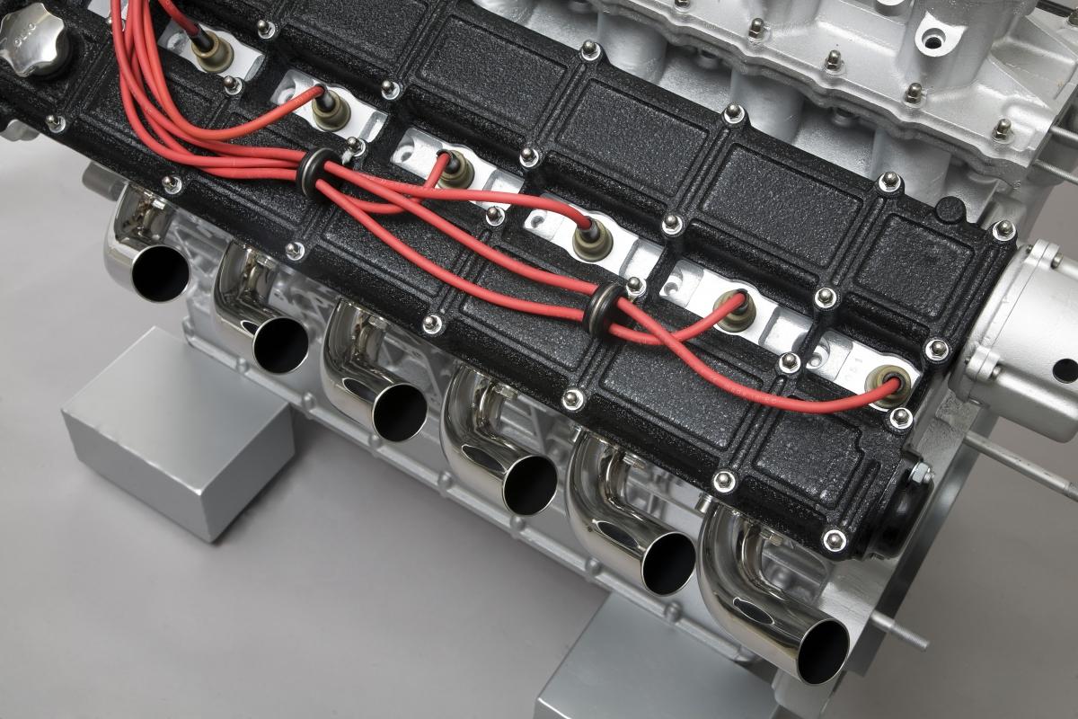 gervadino design   table basse et accessoires d u00e9co moteur